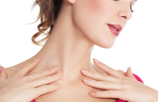cirugia-liposuccion-papada-mujer